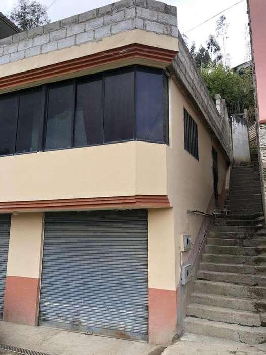 Vendo Casa En Poligono del Tiro Azogues