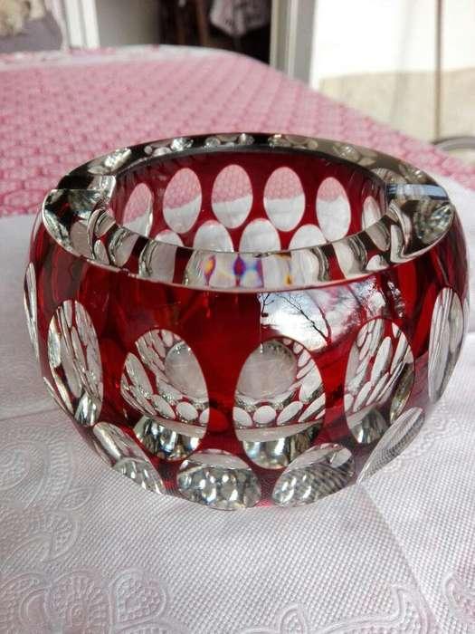 Cenicero de Cristal Tallado