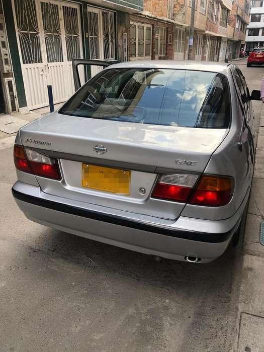 Nissan Primera  2002 - 175000 km