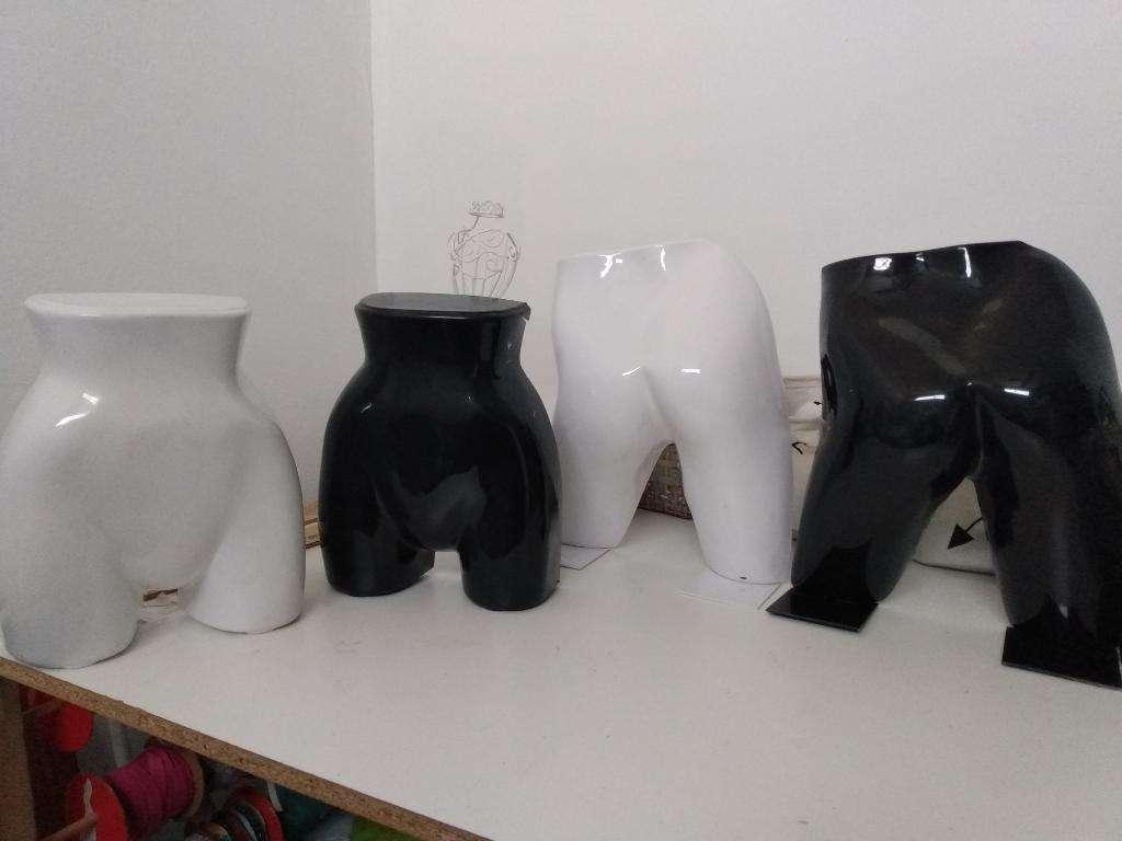 Exhibidores de Lencería-bombachas