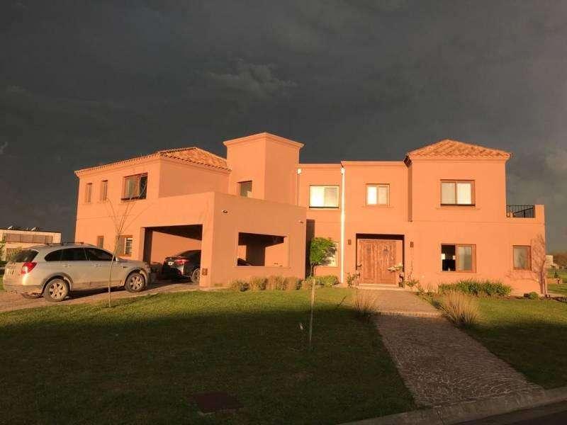 Espectacular casa en alquiler temporal en Pilará