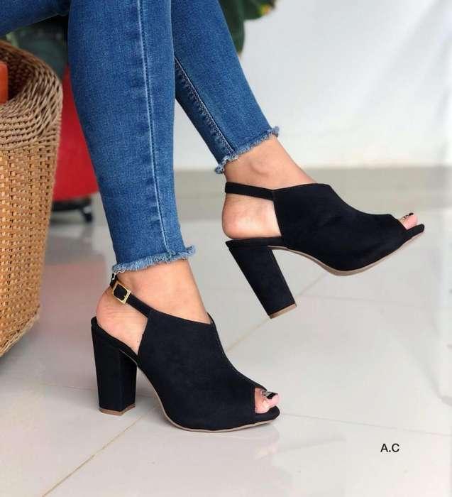 41d1e7a0 Plataformas, <strong>sandalia</strong>s, Zapatos. Información 3007355575
