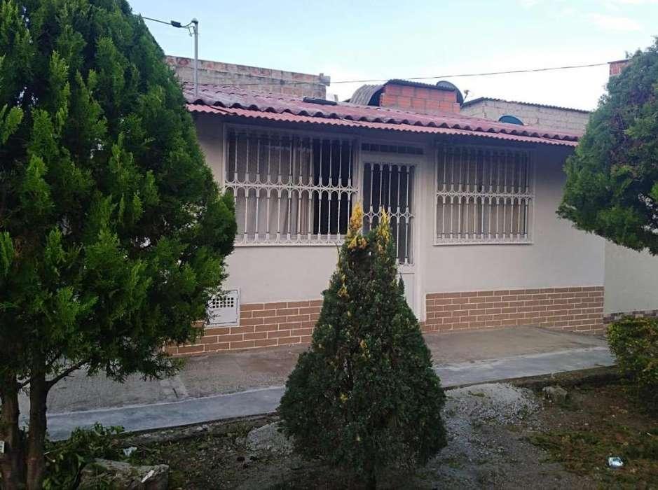 Vendo Casa Esquinera Villas de Gualará