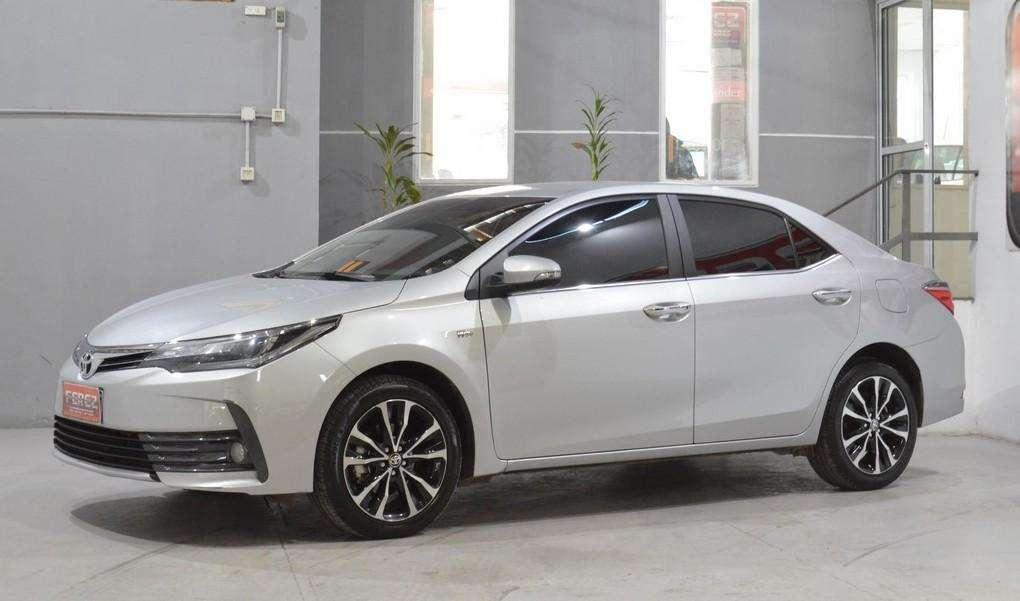 Toyota corolla se-g cvt automatico 1.8 2018 nafta imperdible