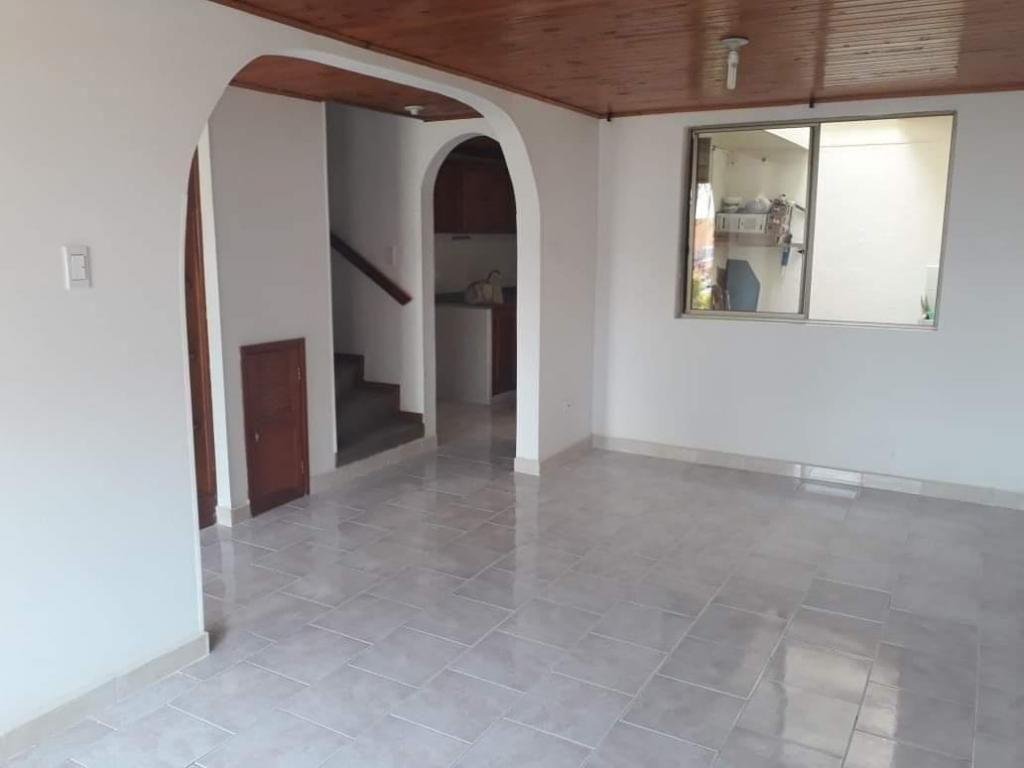 amplia casa para la venta en el norte de armenia quindio