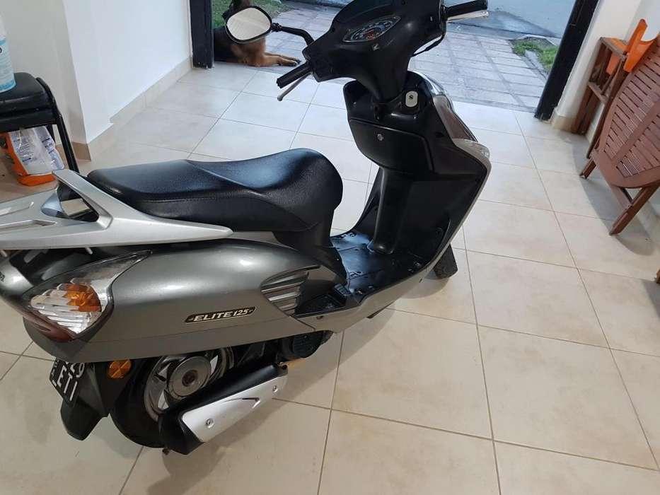Honda Elite 125 cc 2010