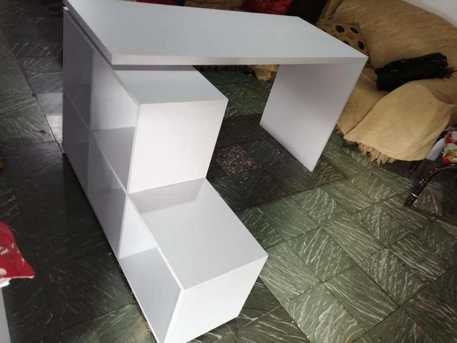 <strong>escritorio</strong> Moderno Cuadricula