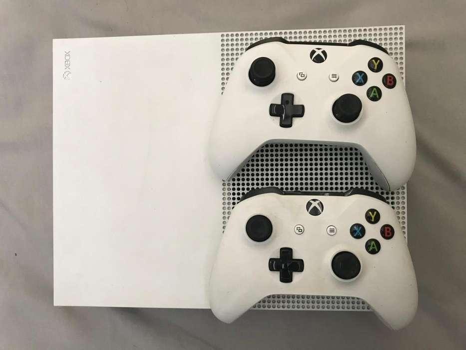 Xbox One S 500gb 2 controles 2 juegos