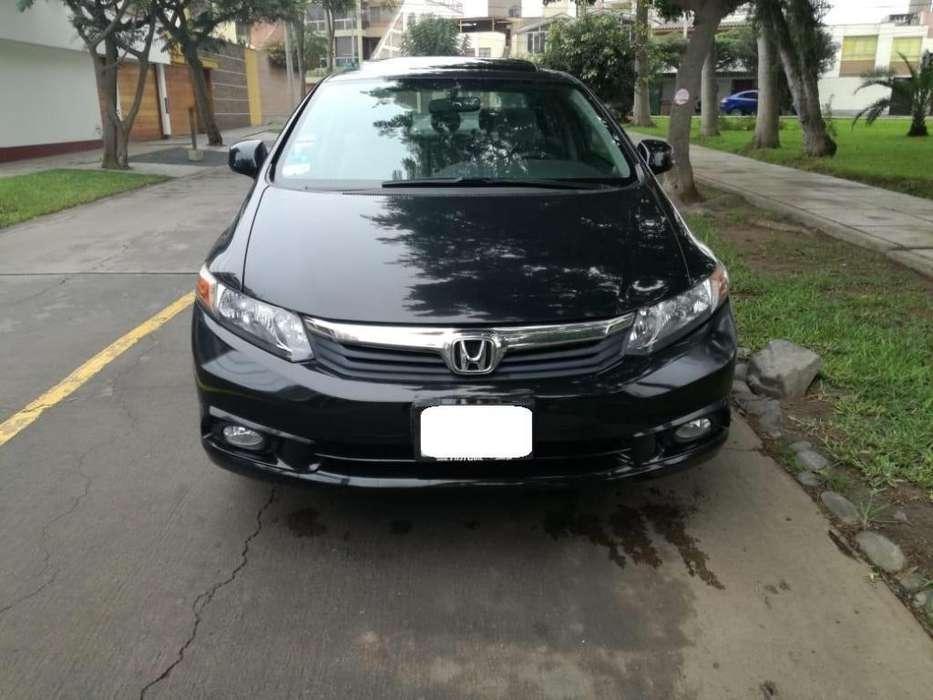 Honda Civic 2012 - 77000 km