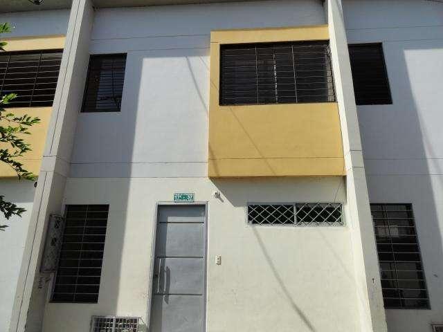 ARRIENDO Apartamento Villamil Giron