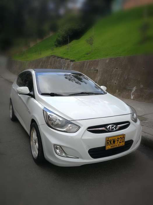 <strong>hyundai</strong> Accent 2012 - 72900 km