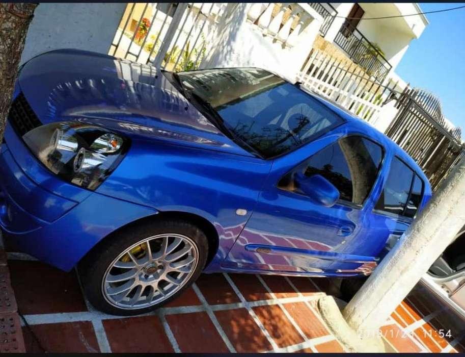 Renault Clio  2006 - 100000 km