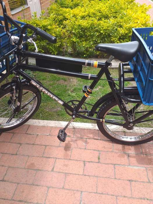 Bicicleta de Reparto. con Rines de Motos