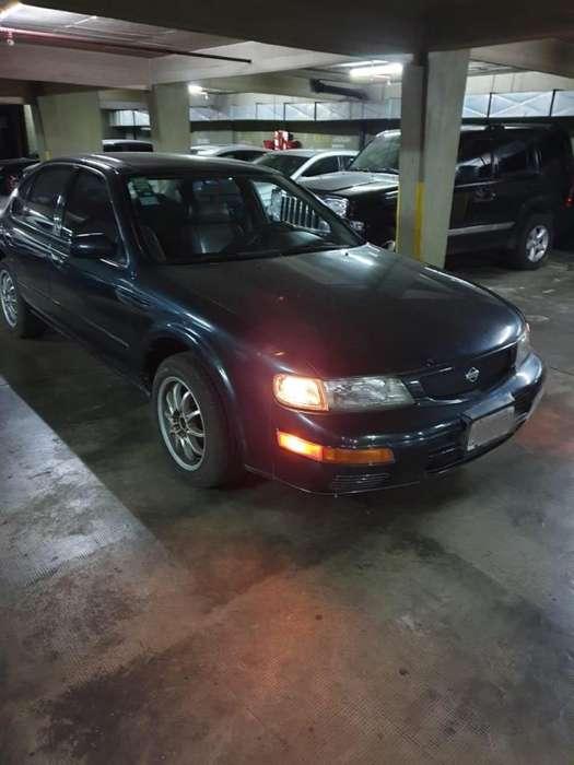 Nissan Maxima 1995 - 200000 km