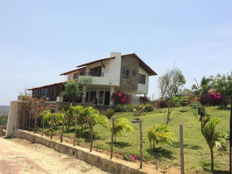 Casa Campestre al lado del mar. Cerca Puerto velero y Santa Verónica