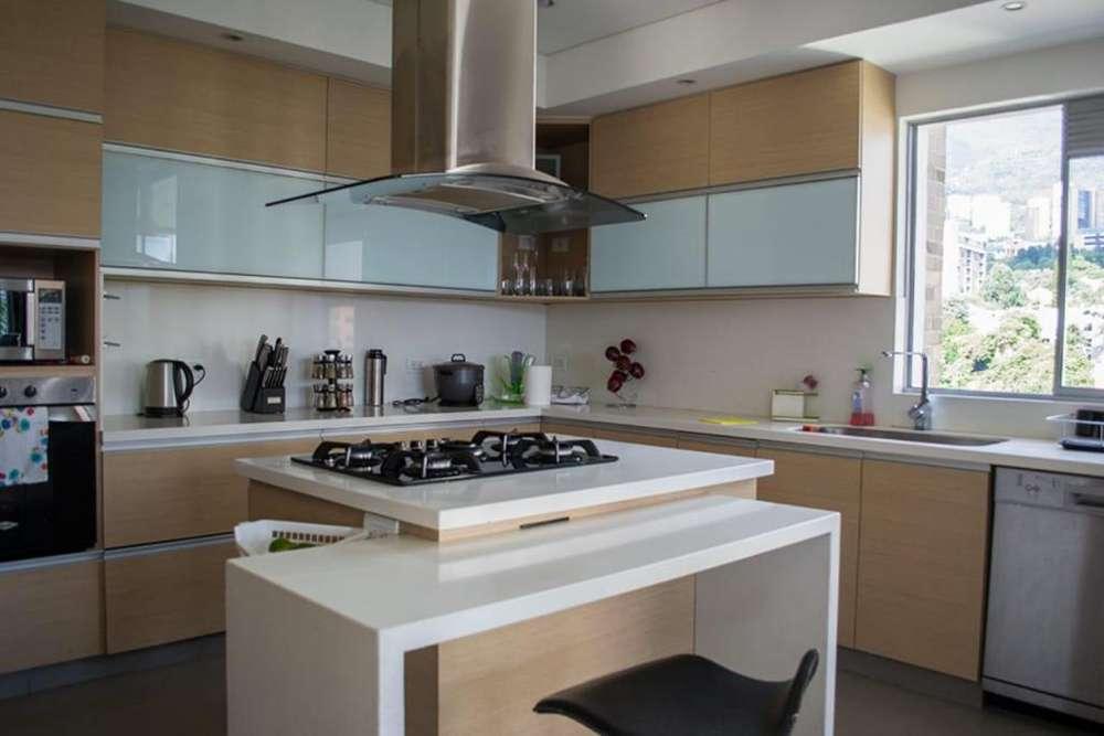 VENDO <strong>apartamento</strong> EDIFICIO SAN MIGUEL , MILLA DE ORO POBLADO 277.6 METROS