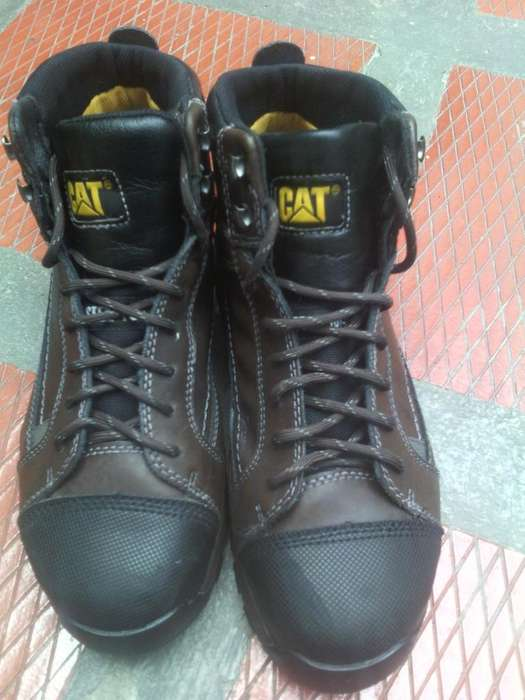 Botas Punta De Acero Caterpillar Regulator Steel Toe P90463 - Cafe talla 42 - 9 1/2 (usado)