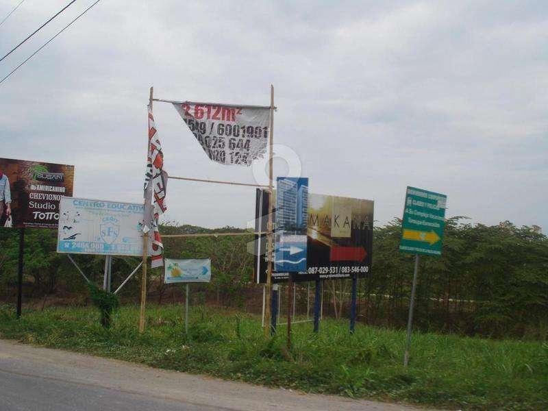 Terreno en Venta, 3904 m2, Entrada Al Club del Pacífico / Tonsupa