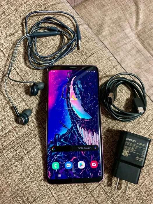 Samsung Galaxy S9 Plus Cargador y Audifonos