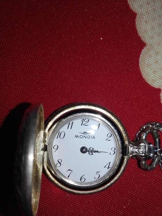 Reloj Colgante Mondia de Dama