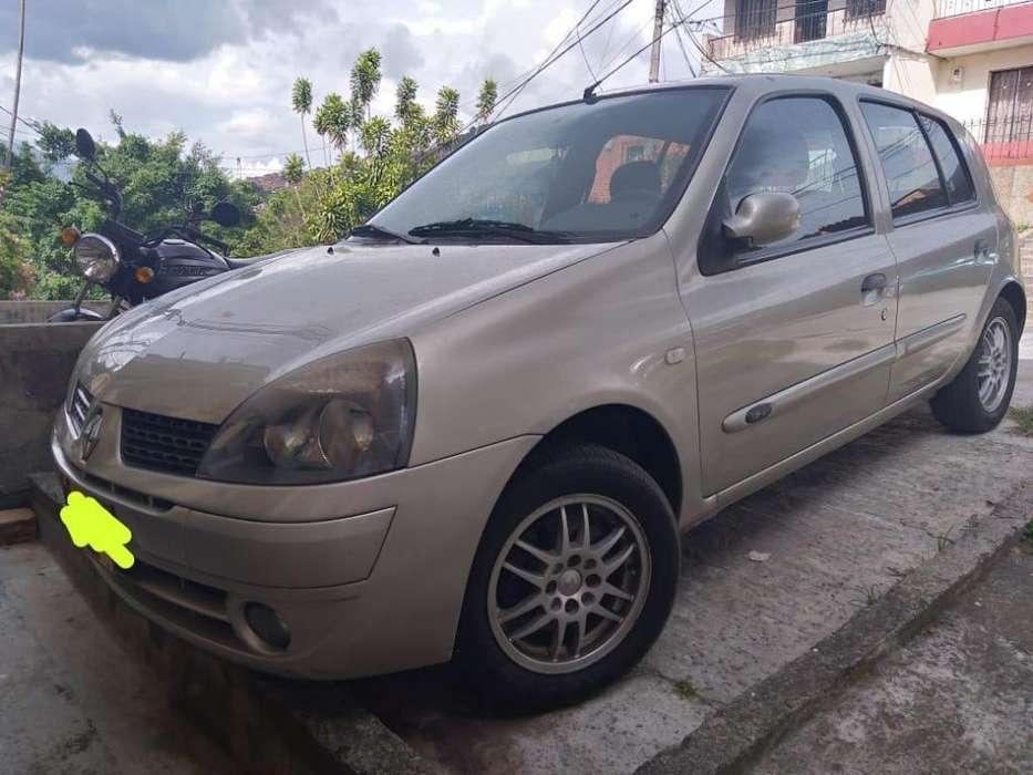 Renault Clio  2008 - 106000 km