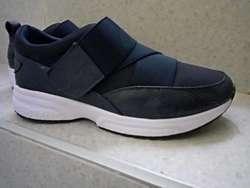 Vendo Zapatillas Marca Derek para Mujer