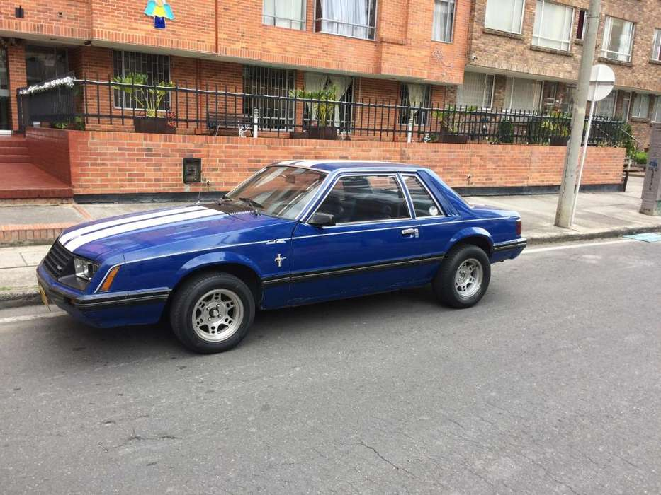 Ford Mustang 1980 - 50000 km