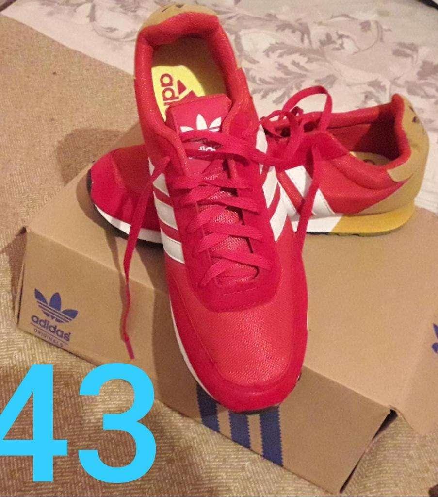 Zapatillas Adidas n. 43