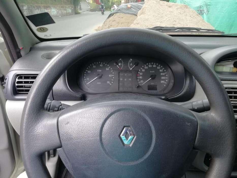 Renault Symbol 2004 - 165000 km