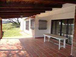Venta La Granja-Campo de 8 Has-con casa 3 Dormitorios-Pileta de Natación