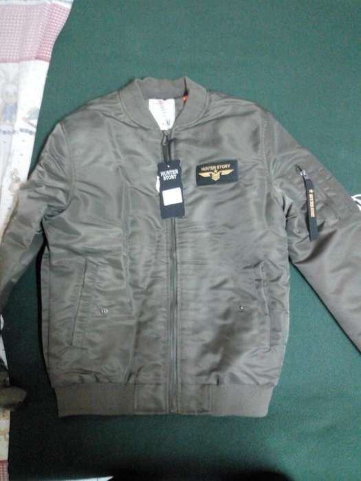 Campera Bomber Talle L