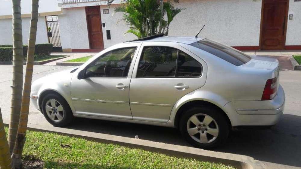 Volkswagen Bora 2003 - 120000 km