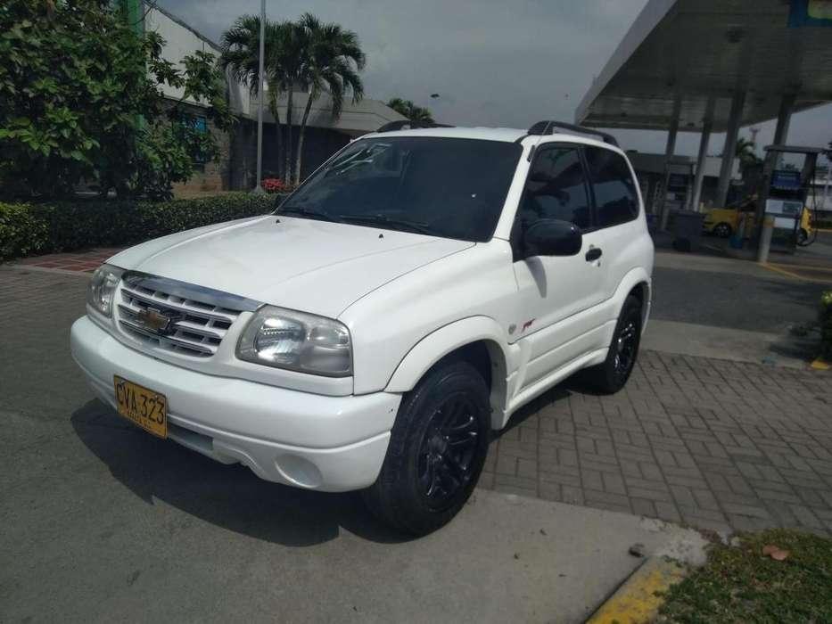 Chevrolet Grand Vitara 2007 - 144000 km