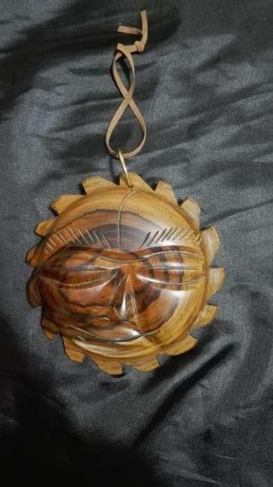sol en madera pesada elaborado a mano