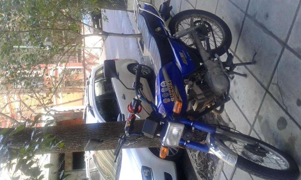 Moto <strong>suzuki</strong> AX 100