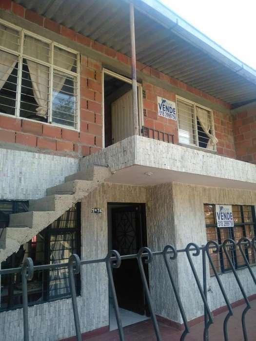 Casa En Venta En Cali Jorge Eliecer Gaitán Cod. VBECI-617