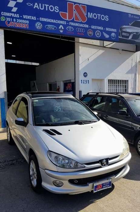 Peugeot 206 2005 - 180000 km