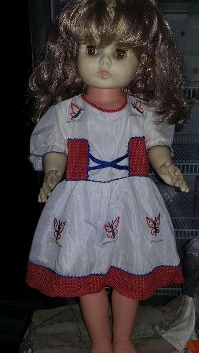 Muñeca de goma,del año 1974