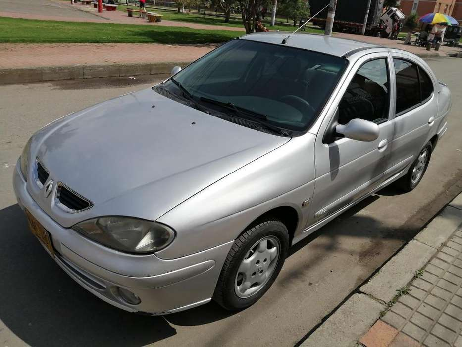 Renault Megane  2002 - 206000 km