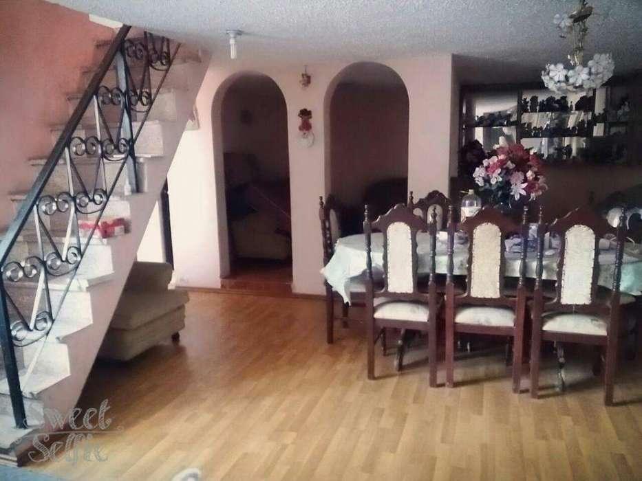 Se Vende Hermosa Casa en Ambato
