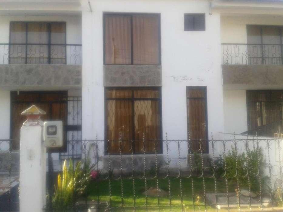 CASA RESIDENCIAL de 144 m2 IZAMBA inf: 0999963932.