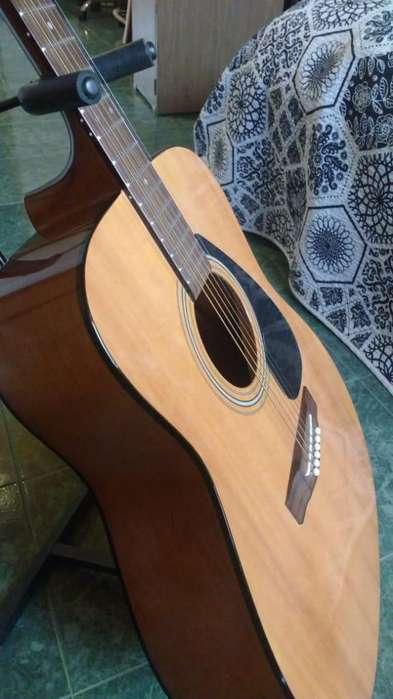 SE VENDE <strong>guitarra</strong> Acústica Yamaha f310 Excelente Estado!