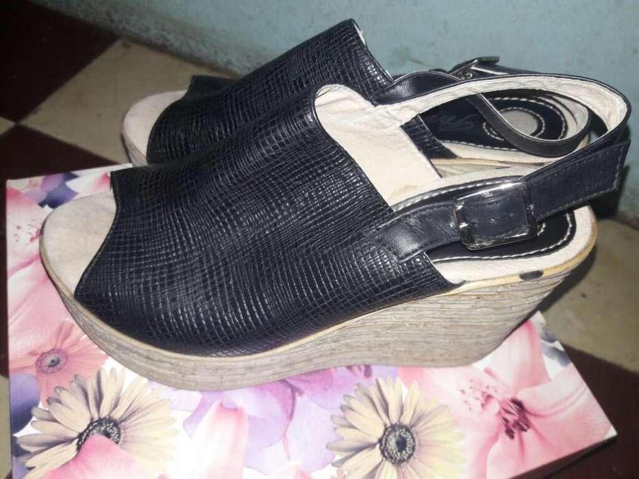 Sandalias de Cuero 39