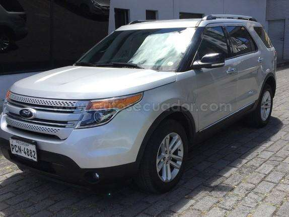 Ford Explorer 2015 - 20000 km