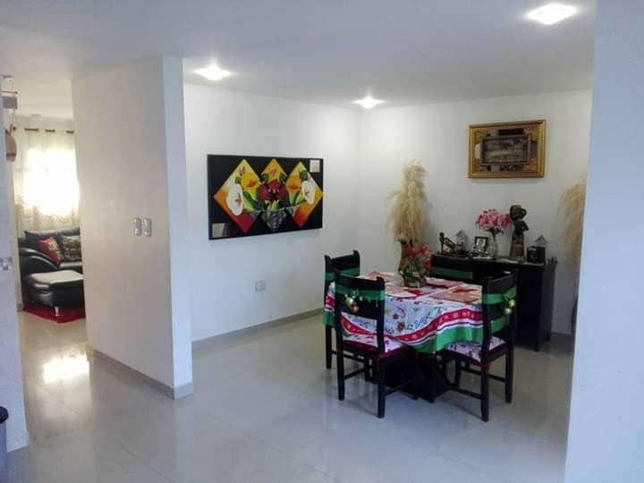 Vendo Casa en La Florida Smta 003
