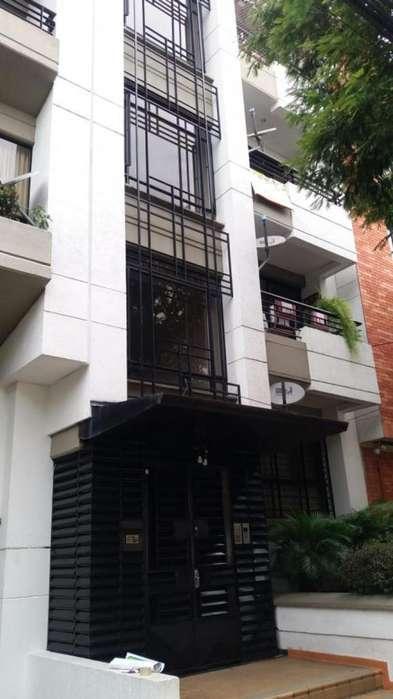 Apartamento En Venta En Cali <strong>ciudad</strong> Jardín Cod. VBUNI9758