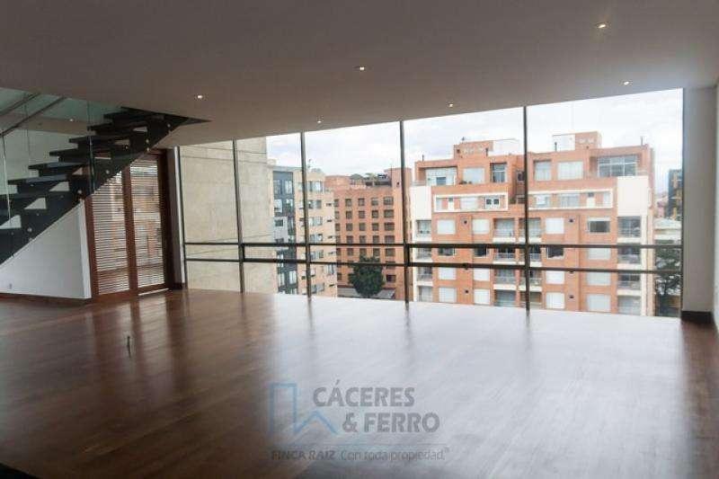 Cod. VBCYF19612 Apartamento En Venta En Bogota Chico Occidental