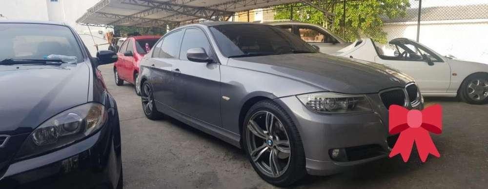 BMW Série 3 2011 - 80000 km