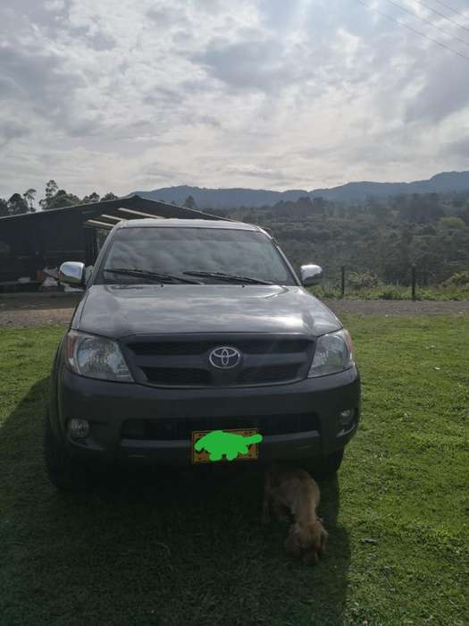 <strong>toyota</strong> Hilux 2007 - 190700 km