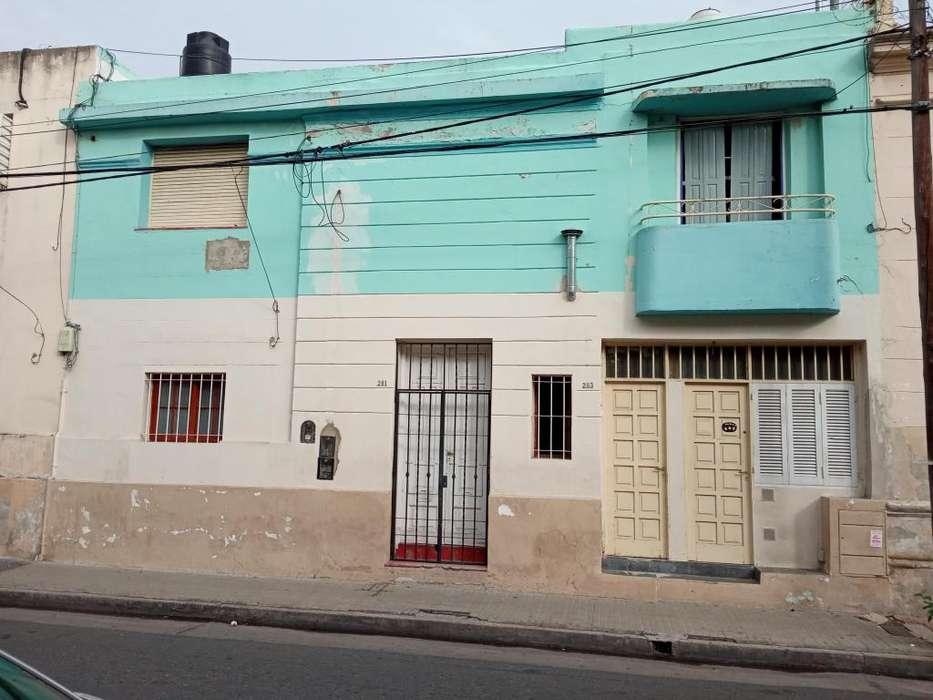 Casa / Departamento Chubut 200. Alberdi